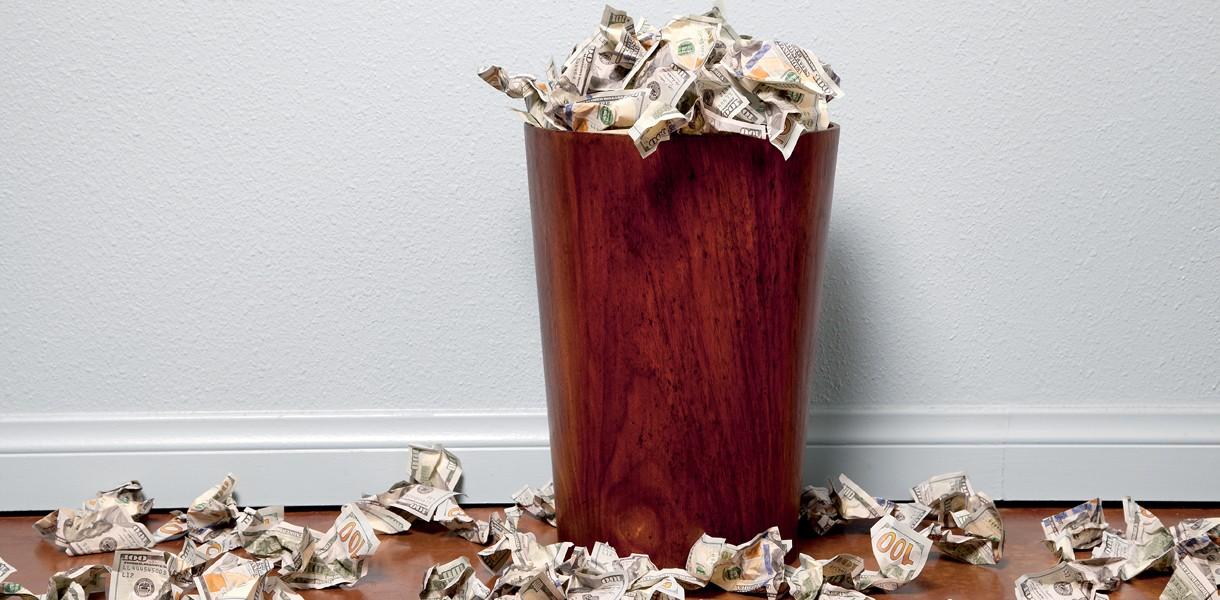 11 способов выбросить деньги на ветер